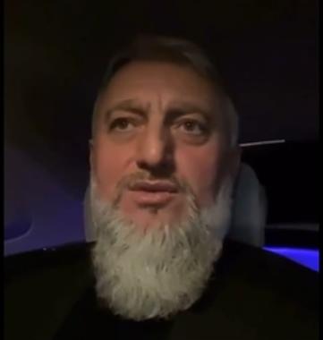 Советник Кадырова обратился к чеченцу с митинга в Москве