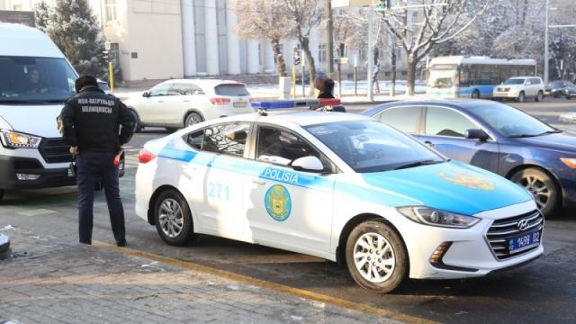 В Шу сотрудник полиции насмерть сбил женщину