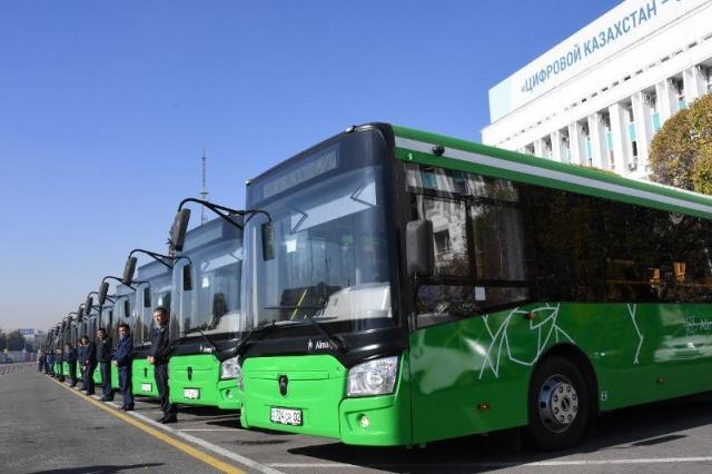 Запретить первичную регистрацию автобусов старше 10 лет могут в Казахстане