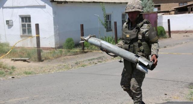 ЧП в Арыси: утверждены правила по запретным зонам при военных складах