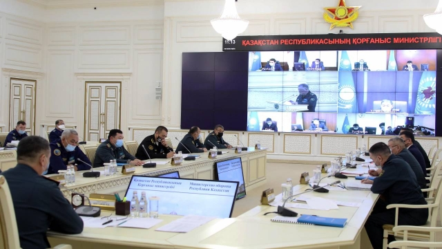 SMS-повестку в военкомат будут получать казахстанцы