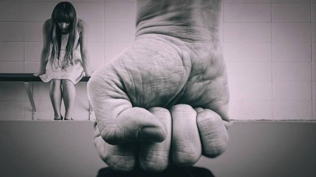 Законопроект о бытовом насилии, вызвавший бурю возмущений в Казнете, отозвали