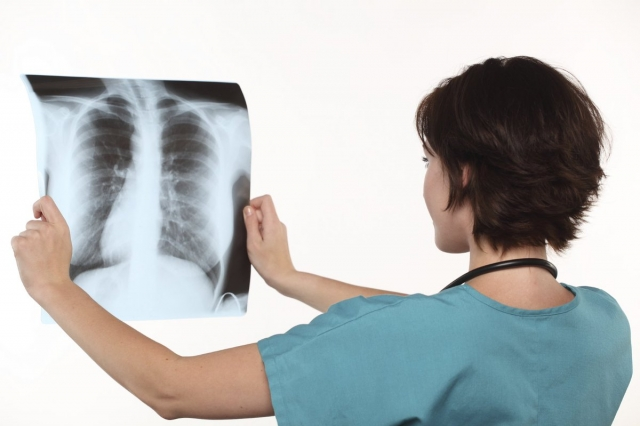 Делать рентген не обязательно. Актюбинские врачи ответили на вопросы о пневмонии и коронавирусе
