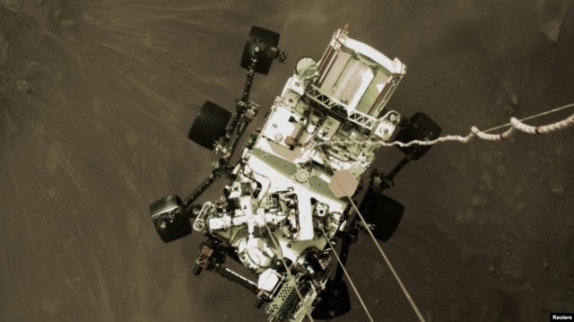 "НАСА опубликовало видео посадки ровера ""Персивирэнс"" на Марс"