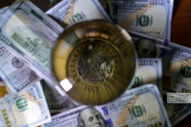 Стоит ли передавать пенсионные частным компаниям - мнения экспертов