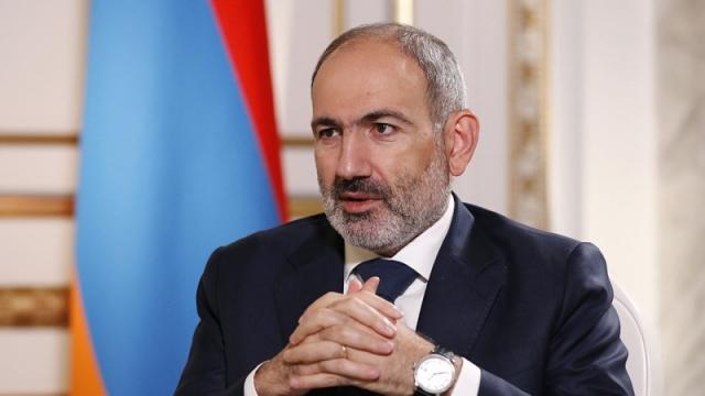 Пашинян выступил с заявлением в Армении