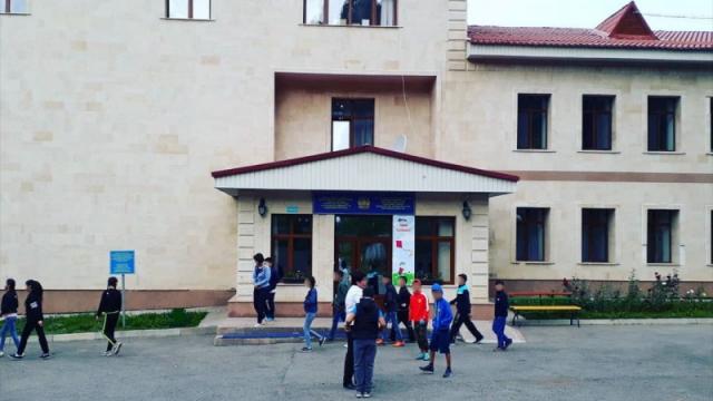 Директора санатория, о котором писала Аружан Саин, задержали