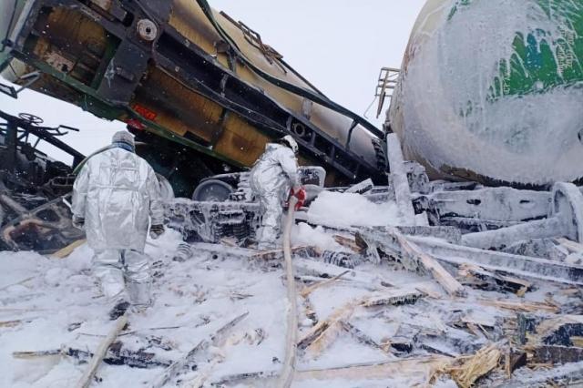 Причину схода с рельсов 22 вагонов в Актюбинской области выяснит спецкомиссия