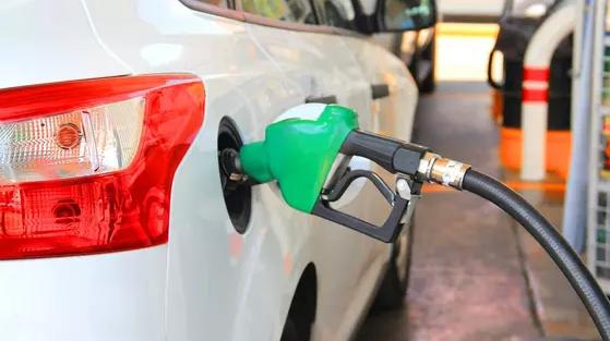 Причины повышения цен на бензин в Казахстане объяснили в Минэнерго
