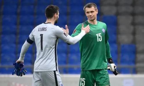 Отбивший пенальти от Мбаппе вратарь сборной Казахстана признан лучшим игроком матча с Францией