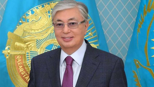 Глава государства поздравил казахстанцев с праздником