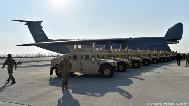 США прекращают оборонный экспорт в Россию