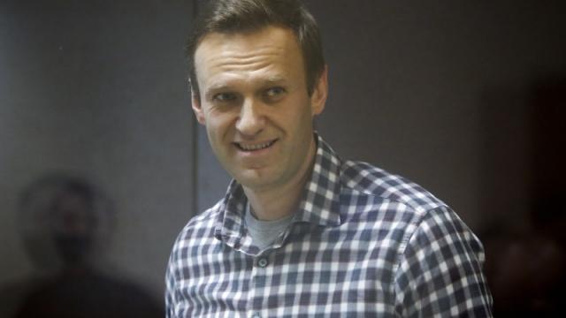 """""""Сушим сухари"""". Навальный написал послание из СИЗО"""