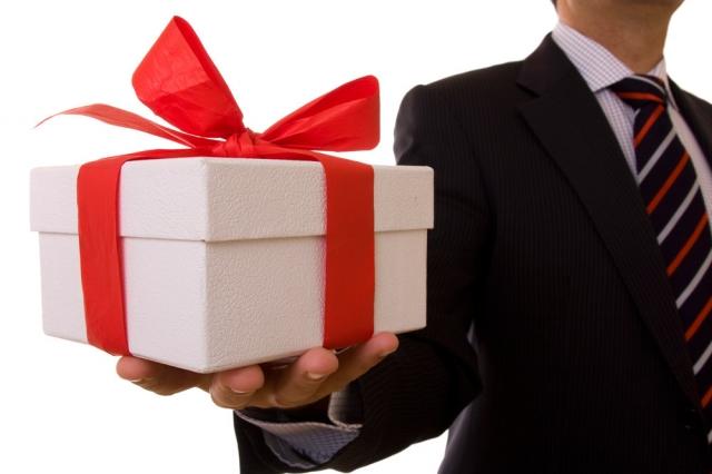 8 марта в Казахстане: где и какие подарки дарят чаще всего