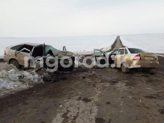 Трое взрослых и ребенок погибли в страшном ДТП в Актюбинской области