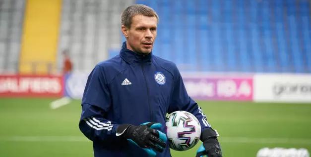 Вратарь Александр Мокин после матча с Францией завершил карьеру в сборной Казахстана