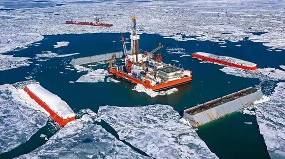 Казахстанцы призвали подписать петицию против строительства каналов на Каспии