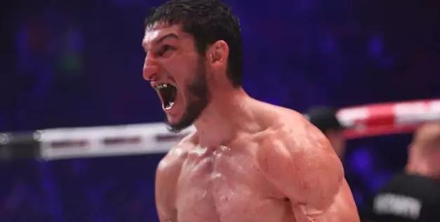 Казахстанец Гойти Дазаев проиграл нокаутом в чемпионском поединке AMC Fight Nights