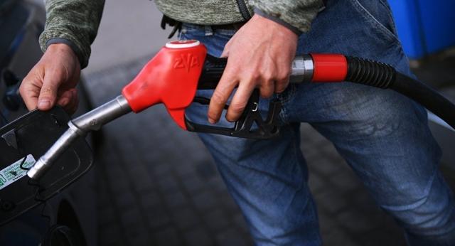 Будут ли сдерживать цены на бензин в Казахстане – ответ Минэнерго