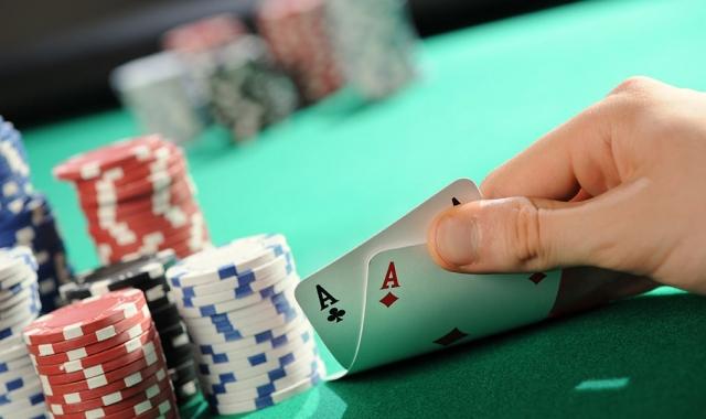 ОПГ организовала подпольный покерный клуб в карагандинской гостинице