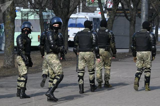Опубликовано видео с переговорами готовивших военный переворот в Минске