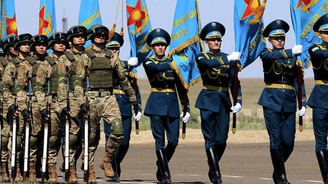 Парада не будет. Как пройдет празднование 7 и 9 мая в Казахстане