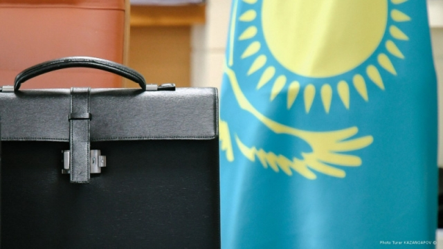 Еще несколько чиновников лишились должностей после критики Токаева