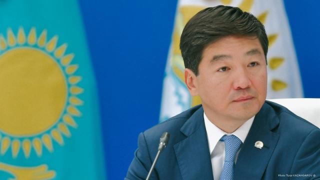 Байбек ответил на обвинение в присвоении земель в Алматы и откатах
