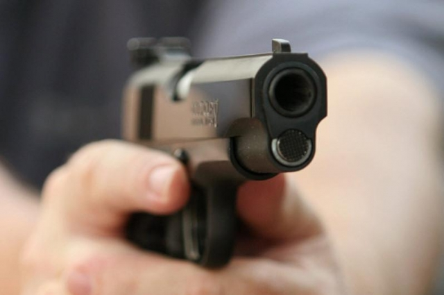 Охранник казино устроил стрельбу в ходе проверки мониторинговой группы в Капшагае