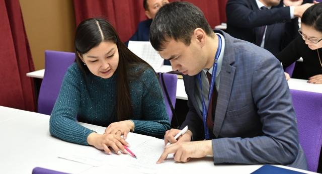 Казахстанцам представили новый алфавит на латинице