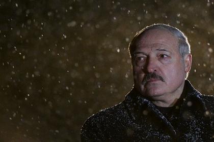 Лукашенко массово лишил званий бывших белорусских силовиков
