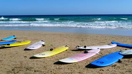 """Закуп досок для серфинга на несколько миллионов тенге объяснили в """"Самрук-Энерго"""""""