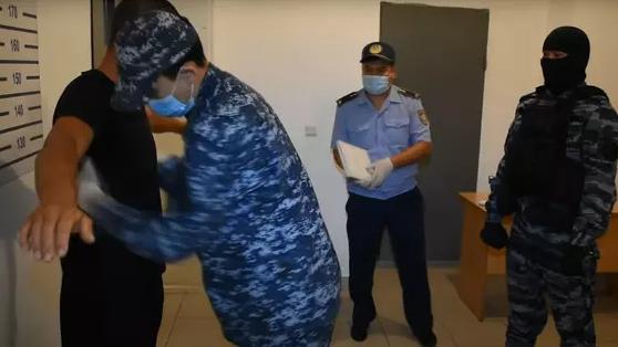 Вынесен приговор 55 участникам массовых беспорядков в Сатпаеве