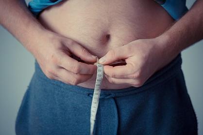 Врач объяснила разницу между полезным и вредным жиром в теле человека
