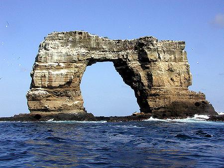 На Галапагосских островах обрушился свод знаменитой арки Дарвина