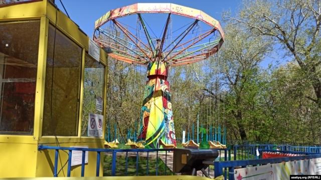 Восемь детей получили травмы в  Уральске из-за внезапно сломавшегося аттракциона