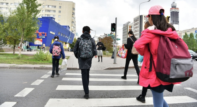 """Школьные уроки до 19 июня: как в Казахстане восполнят пробелы из-за """"дистанционки"""""""