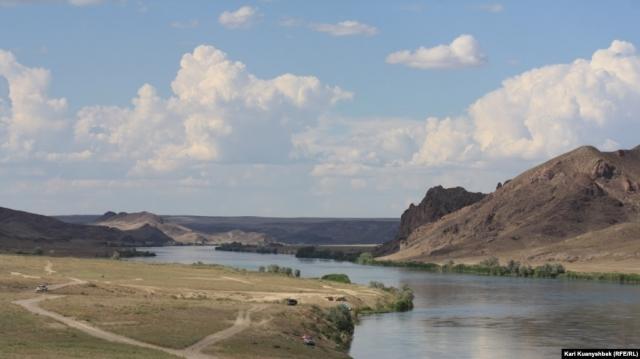 Казахстан и Китай планируют построить водохранилище на реке Хоргос