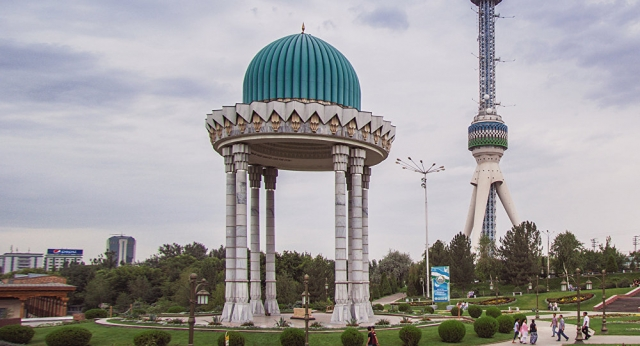 """Казахстан и Узбекистан вводят """"азиатский шенген"""" - согласован список стран"""