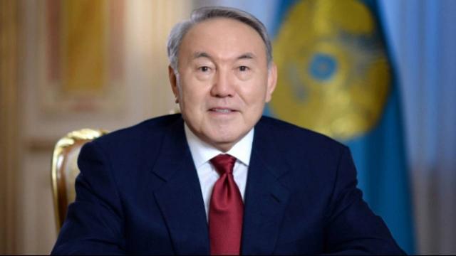 В этот день мы склоняем голову перед ветеранами войны и труда - Назарбаев