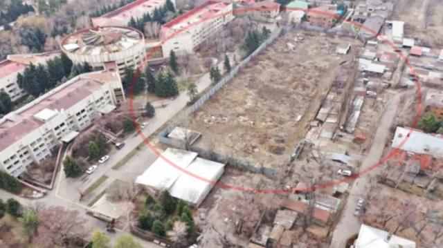 Скандал из-за уничтожения лесопарка назревает в Алматы