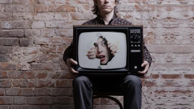 Эксперт рассказал, как телевизоры шпионят за людьми