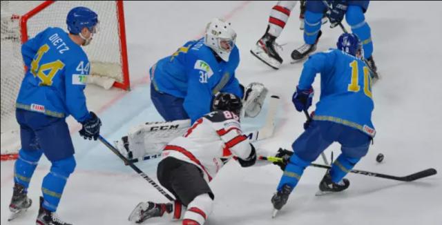 Казахстан проиграл Канаде на ЧМ-2021 по хоккею