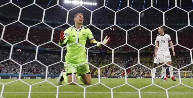 Германия забила автогол и проиграла Франции в матче Евро-2020 с незасчитанными мячами Мбаппе и Бензема
