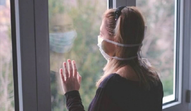 За нарушение режима домашнего карантина больных COVID-19 казахстанцев будут наказывать  штрафом