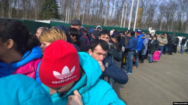 Мигрантам разрешили легализовать свое пребывание в России до 30 сентября