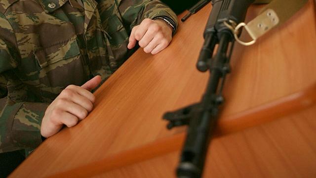 Солдат-срочник застрелился на посту в Уральске