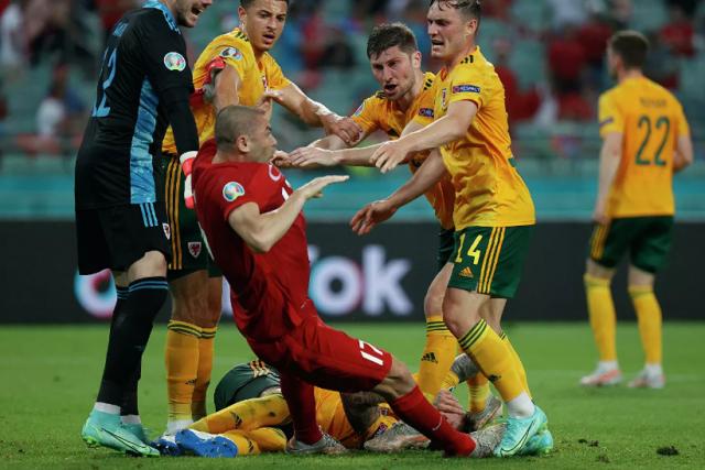Бейл и друзья заставили Баку замолчать: сборная Уэльса обыграла турок