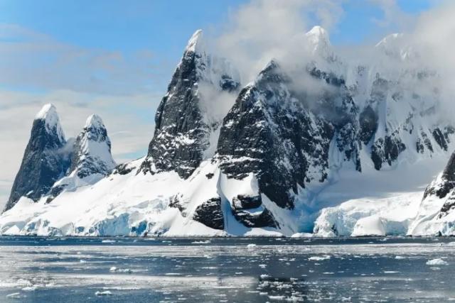 Антарктиду открыли за 1000 лет до того, как ее обнаружили жители Запада