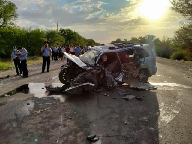 Трое взрослых и четверо детей погибли в страшной аварии на Кульджинке